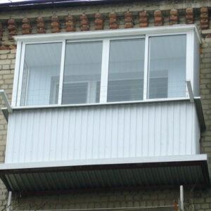 -балконные-рамы-на-холодный-балкон-с-наружной-отделкой.jpg
